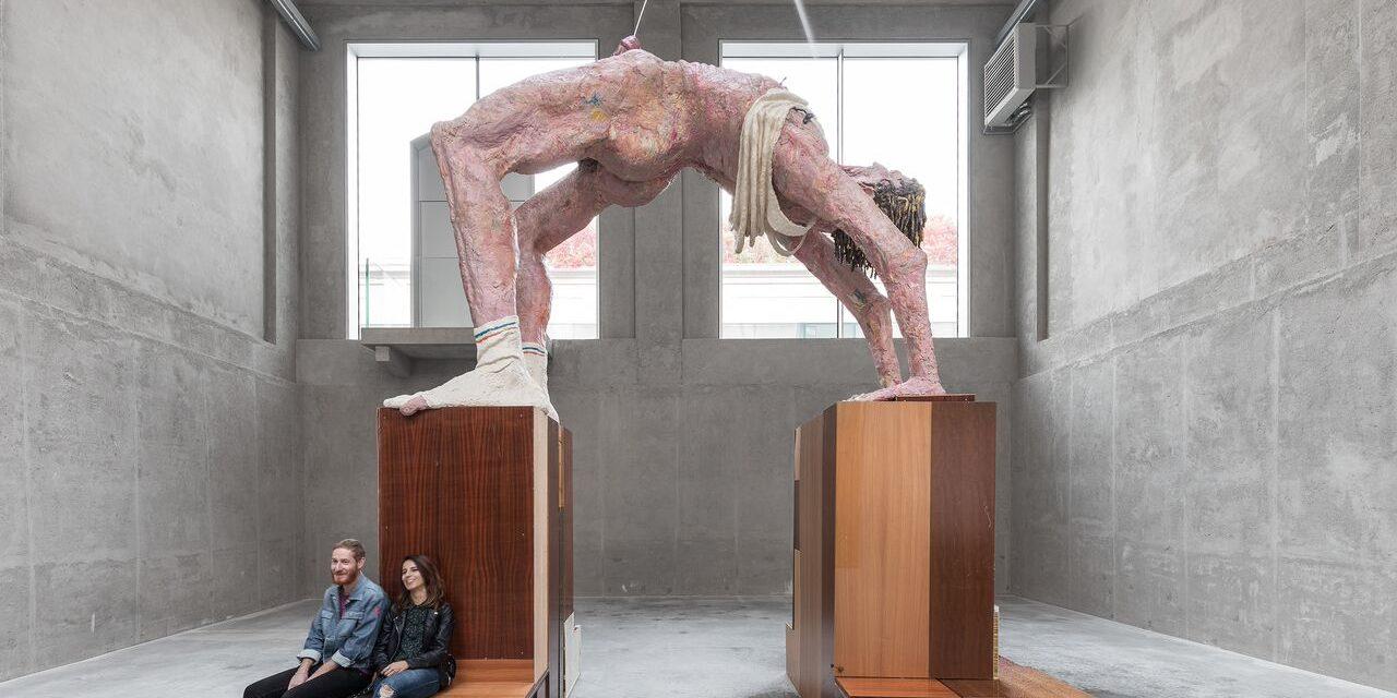 Gelitin e Vienna. La mostra Slight Agitation 3/4 alla Fondazione Prada